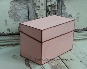 FREE SHIP Pink Shabby Chic Wood Recipe Box / Rustic / 4x6 Cards / Crafts / Organizing Storage / Candy Box / Trinket Memory Keepsake Box