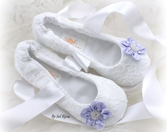 Wedding Flats, White, Lilac, Ballet Flats, Lace Flats,Bridal Flats, Prom,Elegant Wedding,Ballerina Slippers, Shoes,Floral Flats, Pearls