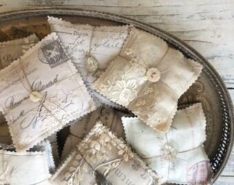 French calligraphy lavender sachet bundle