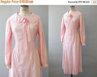 Ecolière dress   Pink floral cotton dress   1970's by Cubevintage   medium to large