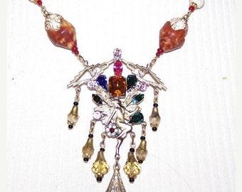 Fall into Vintage SALE Art Deco Czech Republic Fairy Glass Vintage Necklace