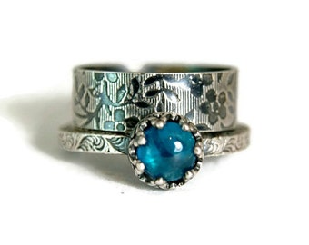 Neon Blue Apatite Ring, Rustic Floral Band, Sterling Silver Ring for Women, Wedding Set, Teal Gemstone Ring