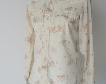 Vintage 1970s Cream Floral Western Style Shirt with Abalone Snap Buttons Medium