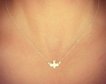 NEW - Sterling Silver Sparrow Necklace - Silver Bird Necklace - Minimalist Jewelry - Dainty little silver bird - Gift - The Lovely Raindrop