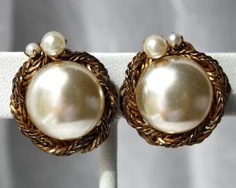 Vintage MIRIAM HASKELL Pearl Clip On Earrings