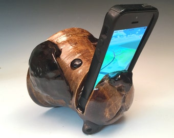 Iphone Android speaker amplifier brown dog in ceramic clay pottery