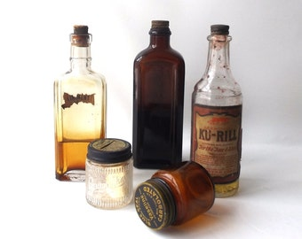 vintage 30's 40's collection apothecary 5 bottles jars tincture old antique age aged glass lid medicine bathroom amber brown ku-rill medical