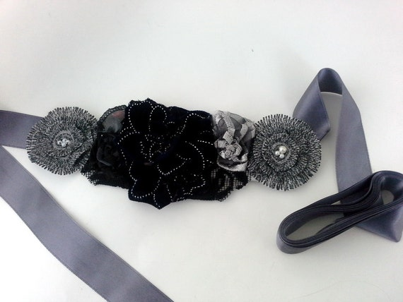 Grey Bridal Sash, Grey Wedding sashes, Black & white Wedding set belt and puff three bird nest Flowers Sash Belt
