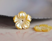 10pcs Yellow Mother of Pearl Shell Carved Flowers 15mm Center Drill Flat Back (V1218)