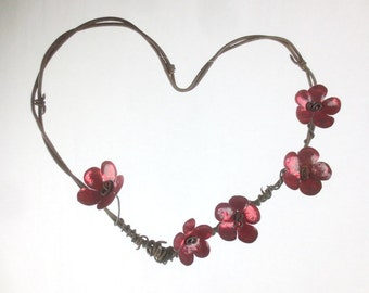 Rustic Barbed Wire Heart With Red Forever Blooming Flowers - Wedding Decor