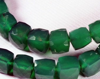 ON SALE Green Onyx Beads 3D Cubes Box Beads Faceted Emerald Green Mined Gemstones - 4 Inch Strand - 6.5 to 8.5mm - Your Choice of Size