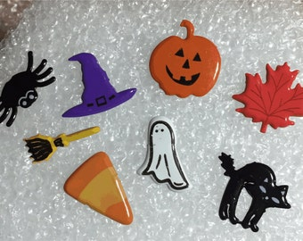 80 Plus 15mm Halloween shaped metal Brads