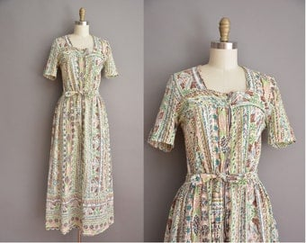 40s abstract cotton print vintage house dress / vintage 1940s dress