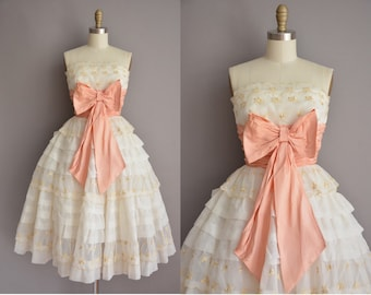 50s gorgeous 1950s strapless cupcake vintage party dress / vintage 1950s dress
