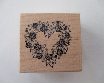 PSX E-554 vintage rubber stamp mounted on wood - 80s, wreath, heart, floral