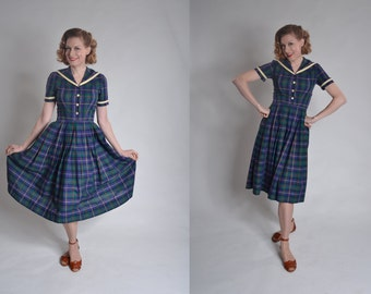 Vintage 1950s Plaid Sailor Dress - Fall Cotton Day Dres - Back To School Fashions