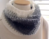 Easy Eyelet Cowl Knitting PATTERN - Great for the Beginner