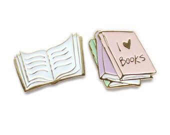 I love books collar clips / enamel lapel pin set