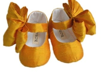 Baby Girl Shoes, Toddler Mary Jane With Large Bow, Newborn, Bridal Shoes, SUNSHINE by Bobka Baby
