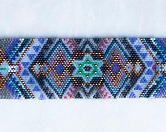 "Peyote stitch bracelet ""Star of San Pedro"""