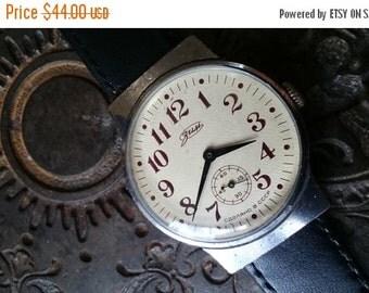 25% SALE OFF Wrist watch mens watch Pobeda yellow cream watch men watch