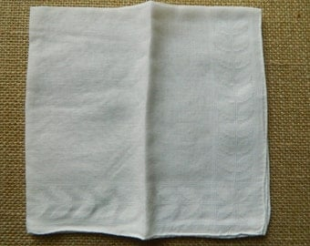 1 Vintage Hanky Good Vintage Condition  #2545