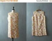 40% OFF SALE // Vintage 1960s dress. 60s scooter dress. pink pleated skirt dress