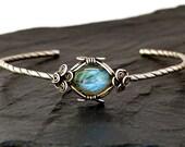 Silver Cuff Bracelet, Wire Wrap Bracelet, Labradorite Bracelet, Silver Bangle, Cuff Bangle, Boho Bracelet, Vintage Bangle