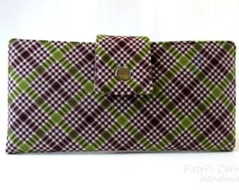 CLEARANCE - Handmade women wallet - Plaids in green marron - ID clear pocket - ready to ship - vegan purse