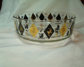 1960s Midcentury ZODIAC Glass Chip and Dip Bowl.