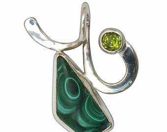 Malachite Peridot and Sterling Silver pendant  pmalg2726