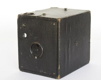 Vintage Conley Kewpie Box Camera