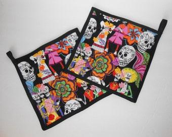 Sugar Skull wedding pattern pot holders