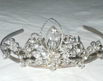 Vintage 1950s crystal and Rhinestone Tiara