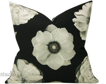 Black and White Pillow Cover - 20X20 - decorative pillow cover - iman - foto fleur onyx - ready to ship