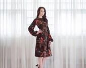 50% OFF - 70s Floral Dress - Vintage 1970s Dress - Change of Season Dress