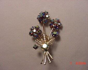 Vintage Aurora Borealis Rhinestone Flower Brooch   16 - 375