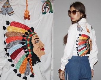 1960s Novelty Native American Indian First Nations Chief Teepee Embroidered White Button Up Western Women's Blouse Top  - WT0474