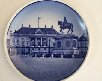 Royal Copenhagen Mini Collector Plate - Plaquette Amalienborg Palace