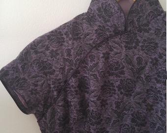 60s mandarin collar cheongsam dress in purple damask fits a size 4 or 6