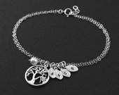 Mother Jewelry,Family Tree Bracelet, Mother Bracelet,Personalized Gold or Silver Tree,Monogram Initial Leaves, Custom Initial Bracelet