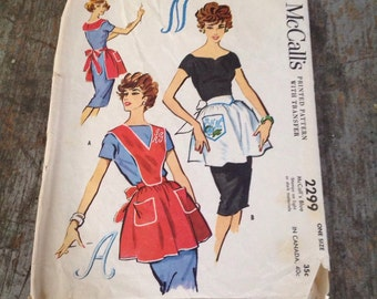 Vintage McCall's Sewing Pattern 2299 Misses' Monigram Apron One Size