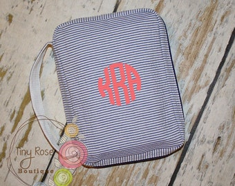 Personalized Navy Seersucker Bible Carrying Case - Your Choice of Monogram or Name