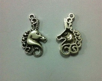 Unicorn Head Charm 10 Pack