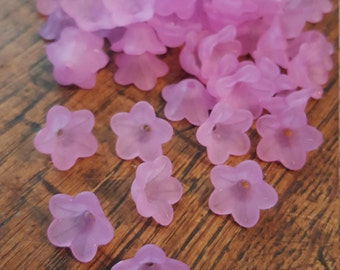 Pack of 50 Lilac Purple Flower Beads, Petal, Bargain Price of 1 pound while stocks last