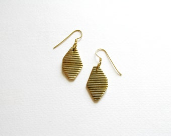 Gold Geometric Earrings-Oxidized-Gold Nugget Earrings-Contemporary Jewellery-Minimalist Jewelry-Contemporary Earrings-Nugget Earrings