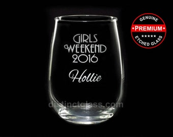 GIRLS WEEKEND WINE Glasses - Personalized Stemless Wine Glasses Vegas Weekend Girls Night Out Etched Wine Glass Gifts 17oz - Ships to Canada