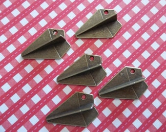 Paper Airplane Charms - Antiqued Brass Pendants - 21X31mm - Qty 5