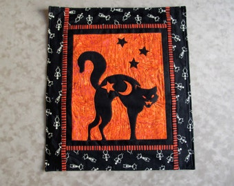 Halloween Cat Wall Hanging or Table Topper Quilt