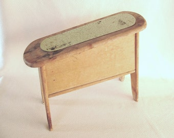 Funky Old and Stained Wood Shoe Shine Box AKA Shoe Valet for Your Shabby Shabby Decor School Play Prop Vintage Prop